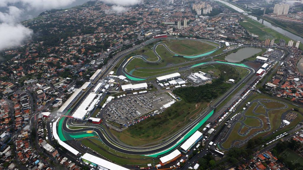 Circuit Interlagos : Interlagos u2013 a circuit of the old school